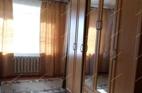 1-komnatnaya-poselok-pamyat-parizhskoy-kommuny-gorodskoy-okrug-bor фото