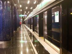 Зачем вметроСанкт-Петербургастроили станции сдвойными дверями