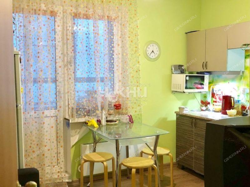 однокомнатная квартира на набережной Волжская дом 20