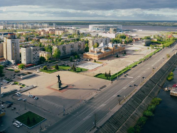 Новая площадь Ленина: арт-объекты, вагон-ресторан и озеленение