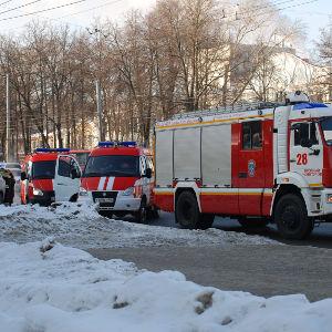 Ветхий дом на Сеченова сгорел в Нижнем Новгороде - фото