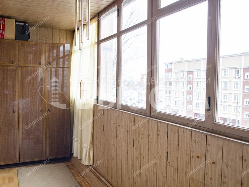 трёхкомнатная квартира на улице Карла Маркса дом 22
